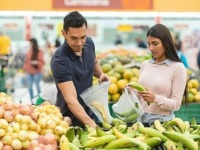Hispanics and Shopping for Groceries - US - January 2020